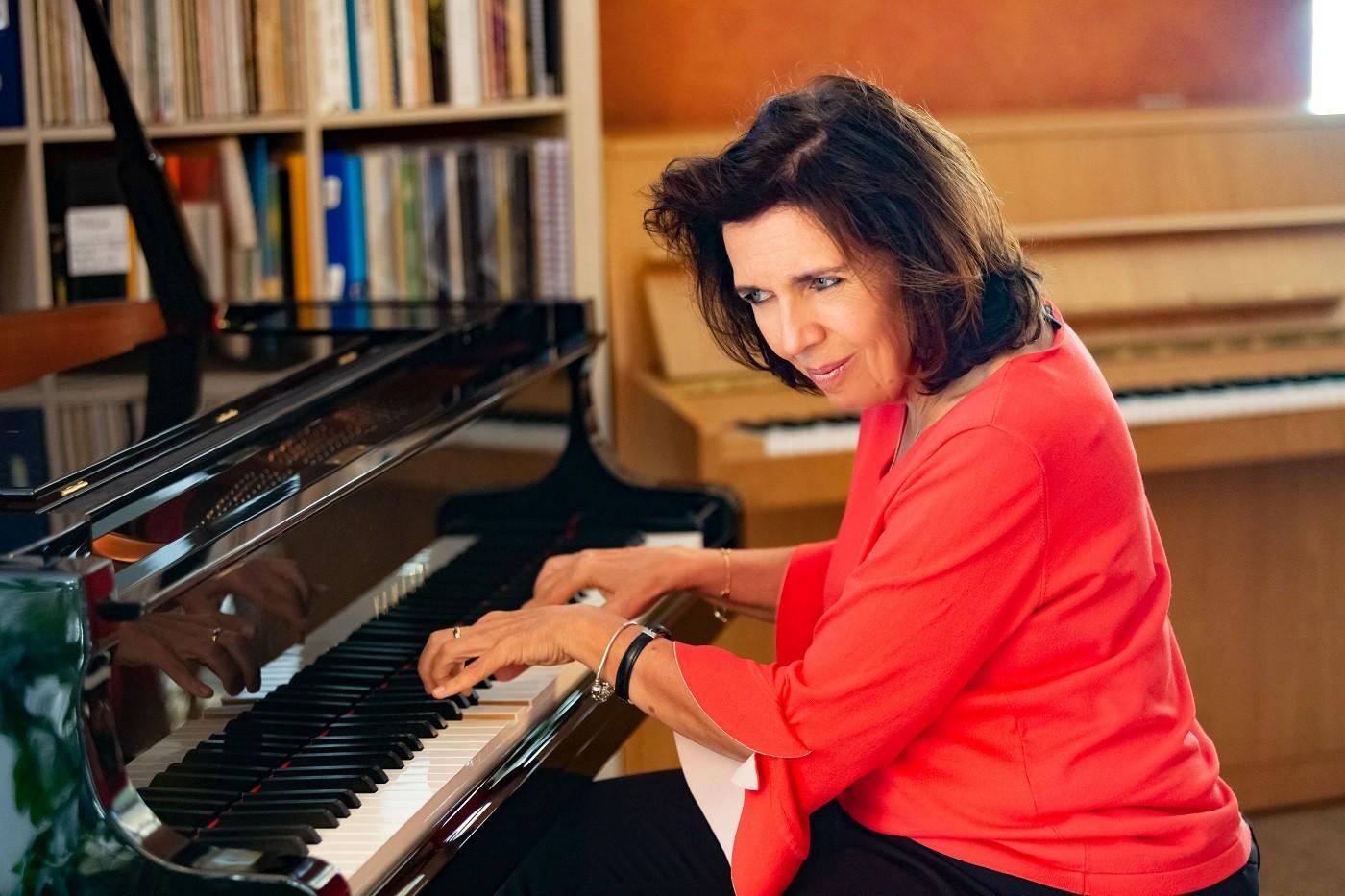 Susi's Bar Piano - Konzertstream aus dem Vereinsheim