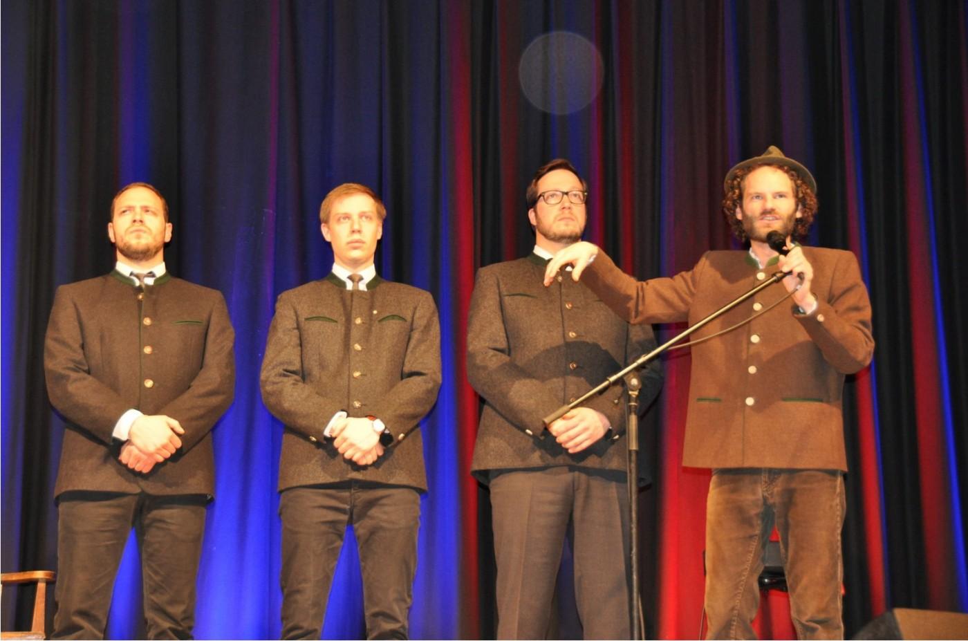 Best of Maxi Schafroth mit dem Chor der JU